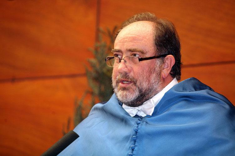 El Vicesecretario General de la Universidad, Javier Echeverría