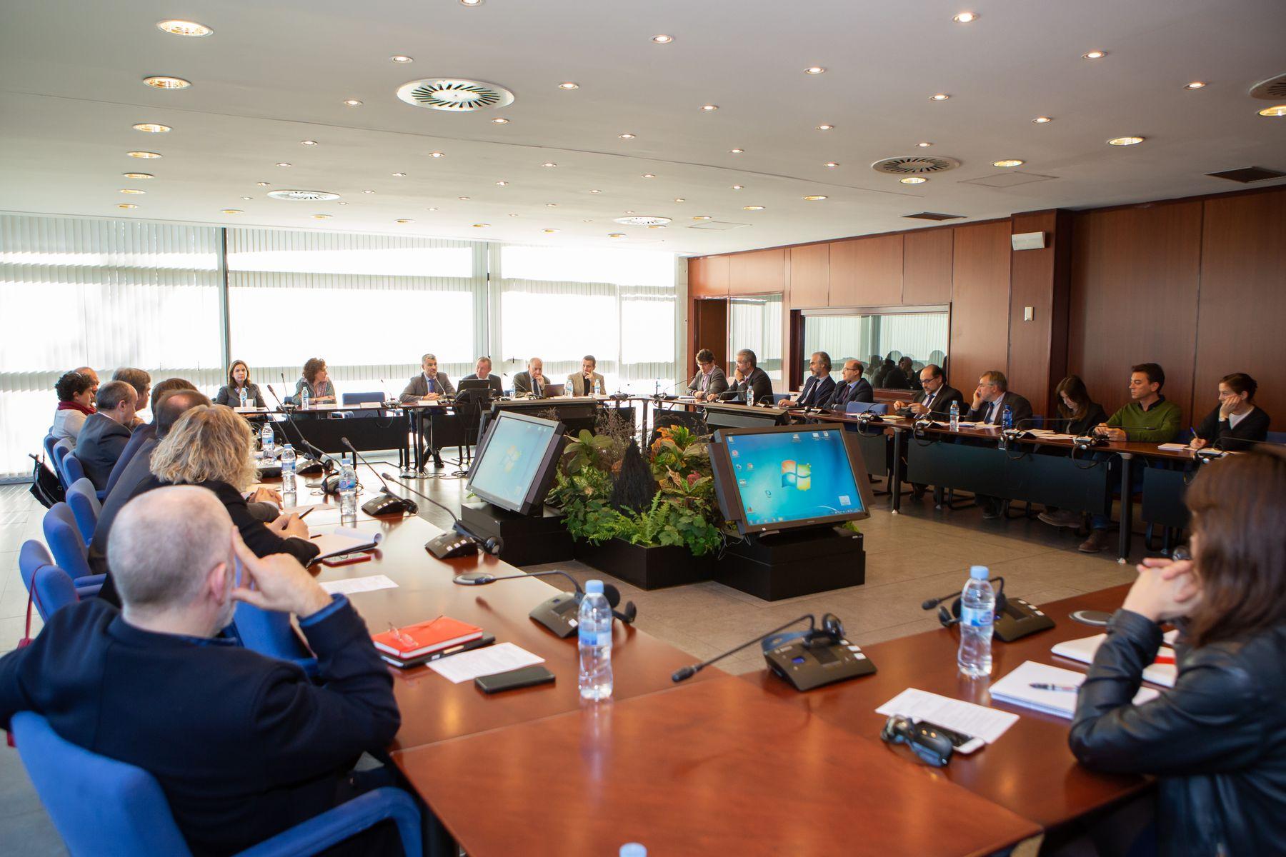 Una imagen de los integrantes del Foro Social y Empresarial del Consejo Social participantes en la jornada sobre emprendimiento.