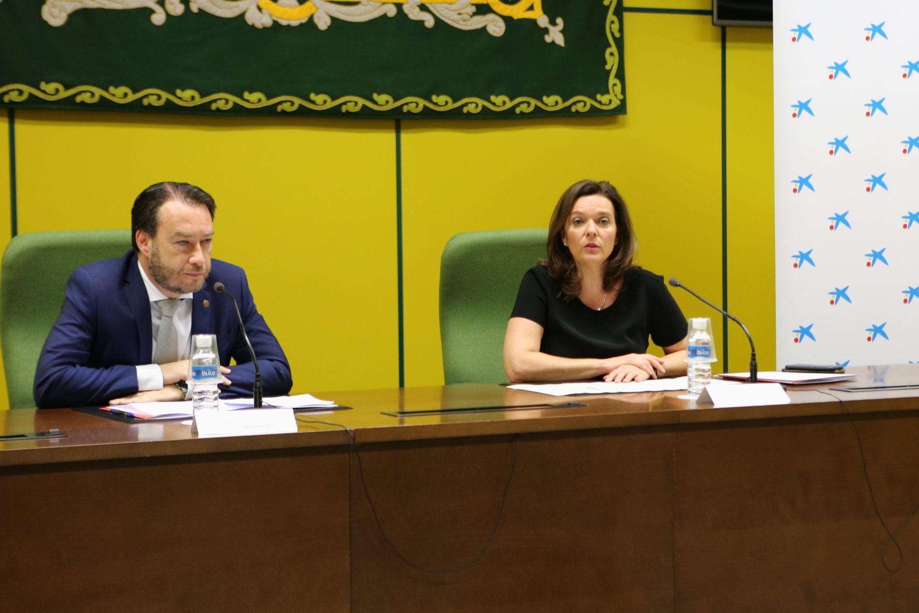 Ramón Gonzalo y Ana Díez Fontana durante la presentación del programa WONNOW celebrada esta mañana en la UPNA