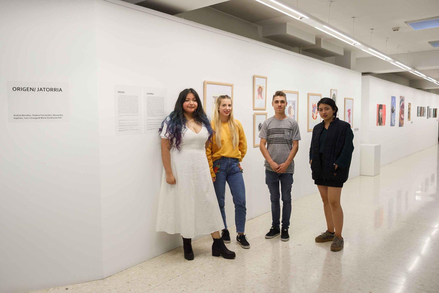 Artistas participantes en la exposición. De izda. a dcha. María Quiahuixochitl, Andrea Bonafau, Ivan Leceaga y Shakira Fernández