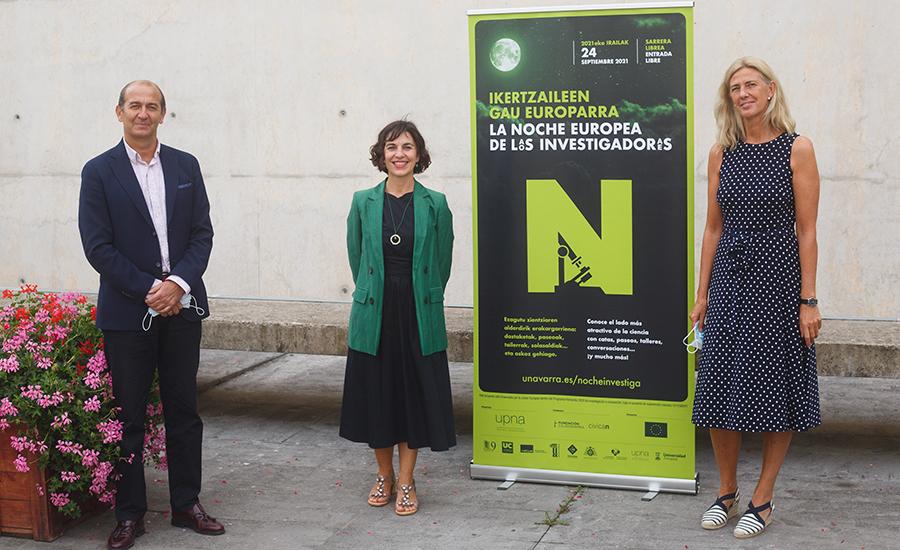 De izda. a dcha. Javier Fernández Valdivielso, Gurutze Pérez Artieda e Idoia Labayen Goñi.