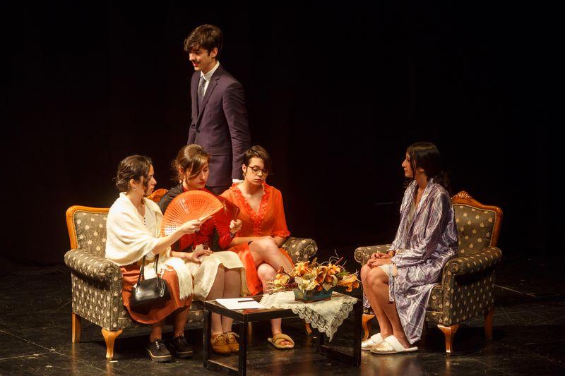 Grupo de Teatro Universitario UEx. Universidad de Extremadura