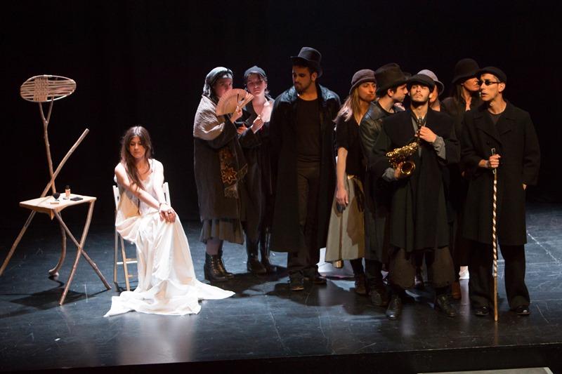 "Obra: ""¿Cuándo vuelves, Ulises?"", del grupo de Teatro Universidad del País Vasco. EHUko Teatroa. Campus Gipuzkoa."